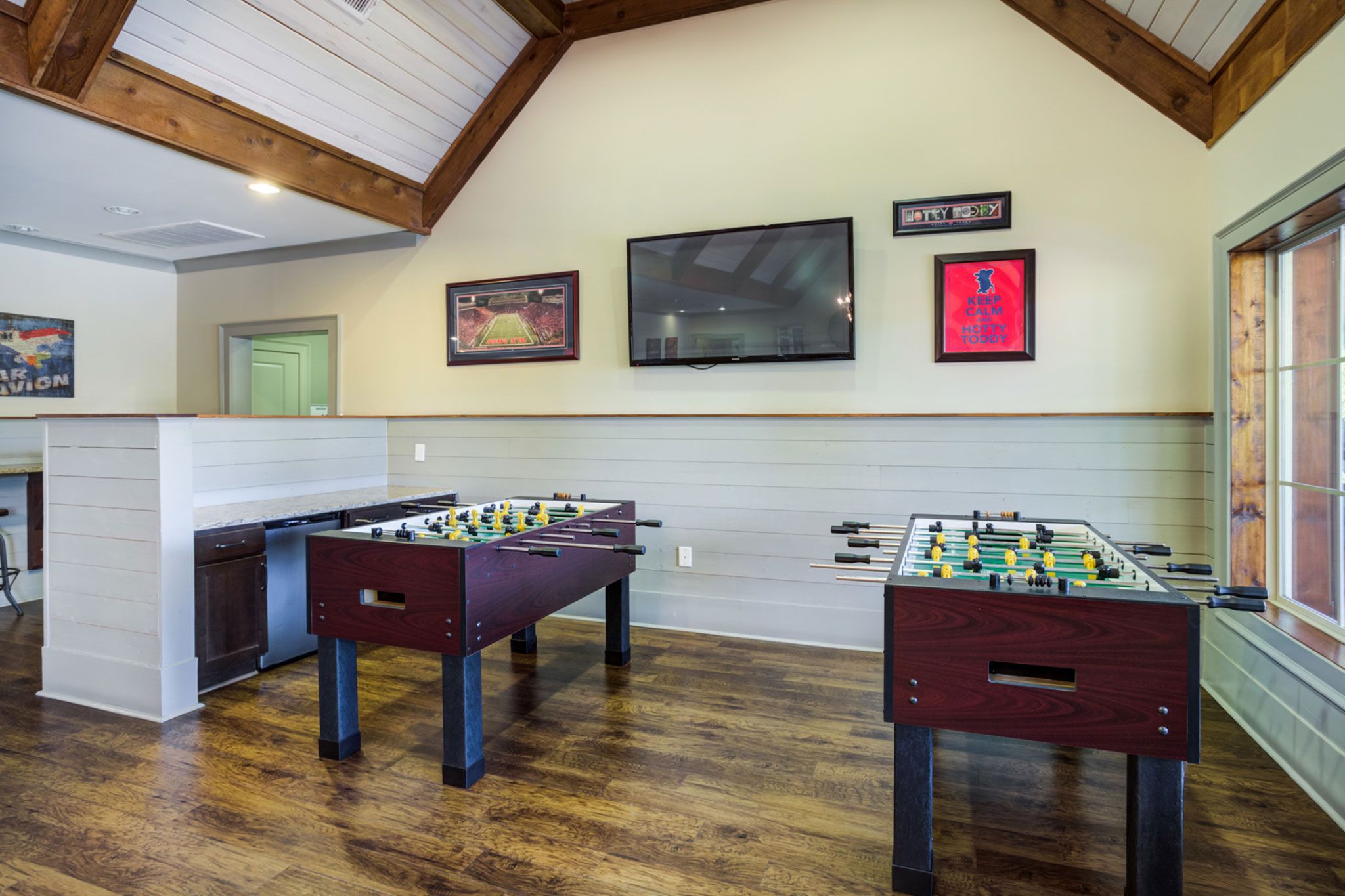 College Town Oxford Foosball Tables