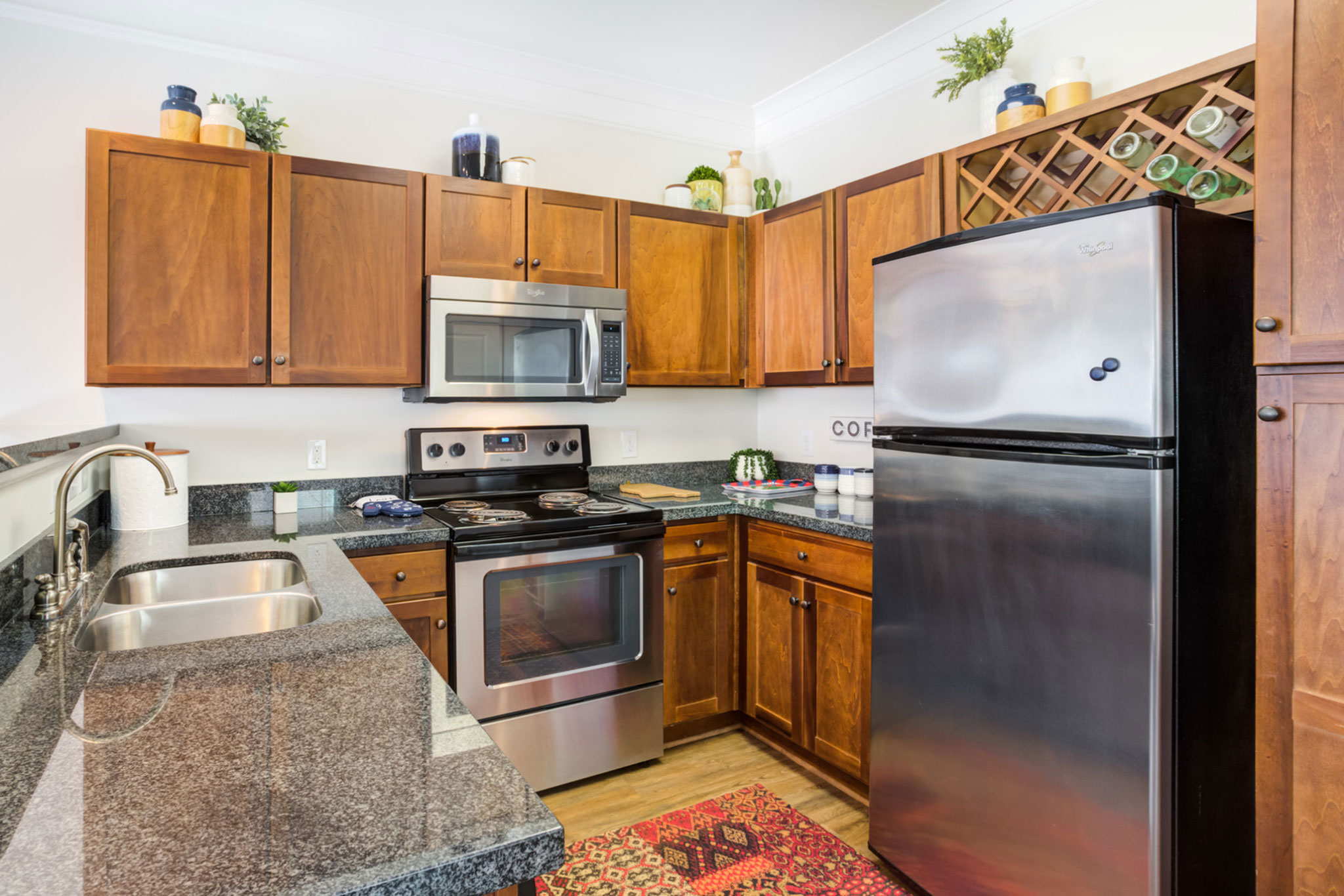 College Town Oxford Granite Countertops Stainless Steel Appliances