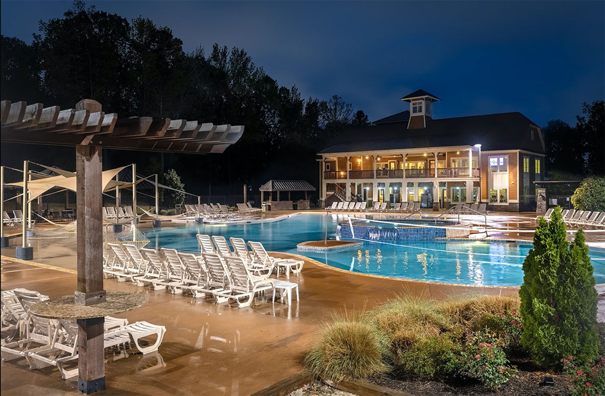 College Town Oxford Resort-Style Pool